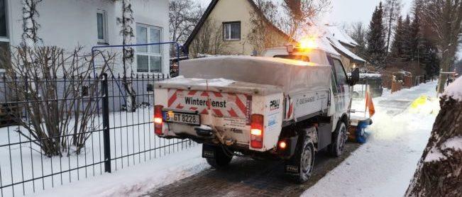 Schneeräumdienst_Winterdienst_Streudienst
